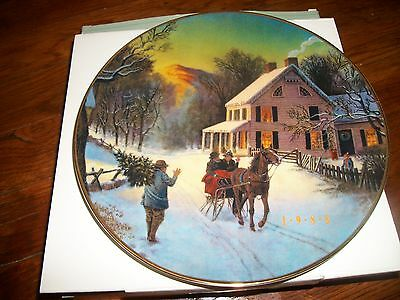 """Avon Christmas Plate 1988 """"Home for the Holidays"""""""