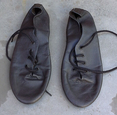 Boys leather Roch Valley ballroom shoes size 2-21/2 UK