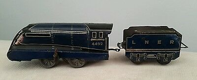 "Tin plate clockwork train LNER Dominion of New Zealand 4492 Hornby ""O"" gauge."