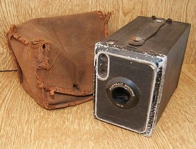 Vintage 1929 Kodak box brownie No2 box camera with original carry case E120
