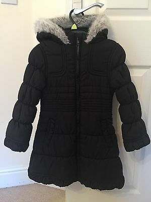 Girls Debenhams Black Padded Zipped Coat 5-6 Years - Ex Cond