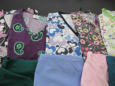 Womans Lot Of Scrub Sets, 5 Tops, 5 Pants,  Nice Conition  Size  Large (Box 366)