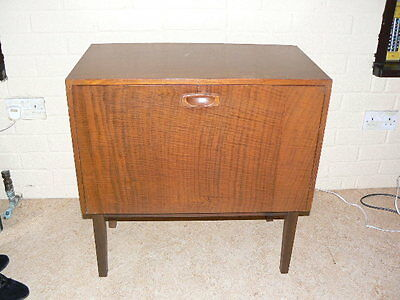Vintage Teak 1960's  LP cabinet standing on 4 detachable wooden legs