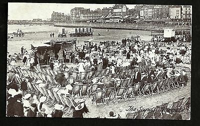 The Sands Margate - Postcard - unposted