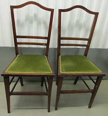 A Pair Of Lovely Vintage Chairs In Green Fabric