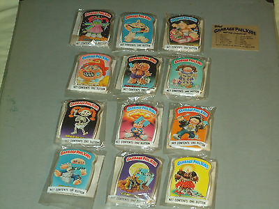 Vintage 1986 Topps Garbage Pail Kids Buttons - Complete Set Of 12 - New