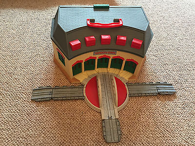 Thomas the Tank Engine Take Along Tidmouth Engine Shed with sound
