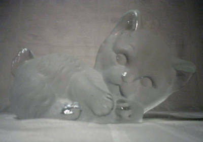 """Vintage """"Viking Glass"""" Kitty Cat Paperweight"""