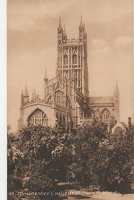 Original PPC - Printed Photo postcard - Gloucester Cathederal, From the East