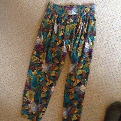 Vintage Highwaisted Patterned Trousers size 14-16