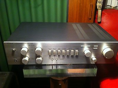 Luxman Stereo Integrated Amplifier L-114A    year 1981/82