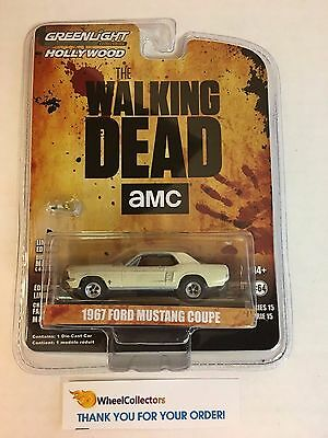Greenlight * 1967 Ford Mustang Coupe The Walking Dead * Hollywood 15