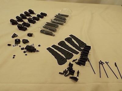 Large lot of HO Roco Mini Tanks vehicles and parts