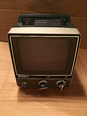 Vintage Portable Sony TV 780 collectible TV-780