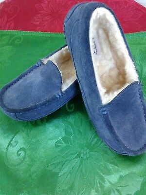 Cosy UGG kids slippers