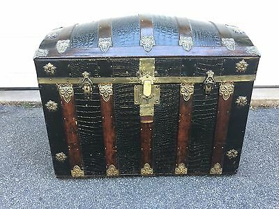Antique Humpback Trunk Repainted and Varnished Vintage