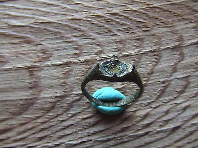 MEDIEVAL BRITAIN.  BRONZE RING.   14th/15th CENTURY  NICE CONDITION.