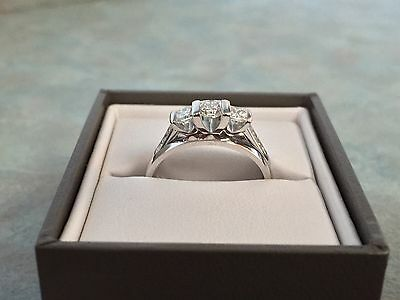 18ct White Gold Princess Cut Diamond Engagement Ring With 2 X White Gold Bands
