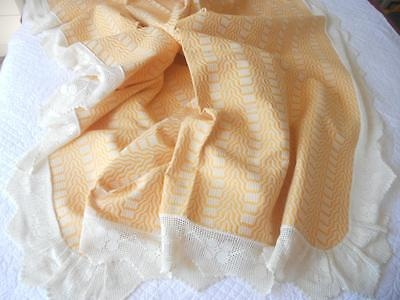 European Country Vintage Queen Bedspread Yellow Weave Hand Crochet Filet Lace