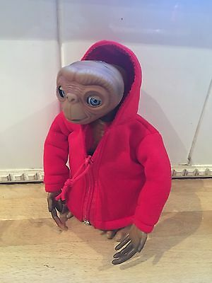 ET The Extra Terrestrial Talking Interactive Furby Toy 2000 Tiger Electronics