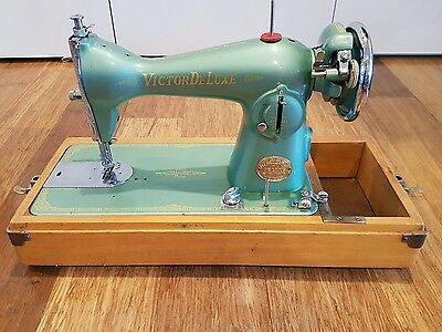 Victor Deluxe Vintage Sewing Machine Made In Japan