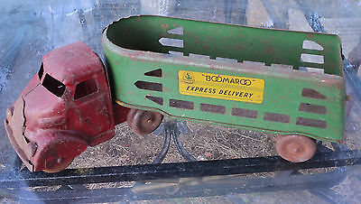 VINTAGE RARE 1950's COLLECTABLE TIN TOY BOOMAROO WYN EXPRESS TRUCK / TRAILER