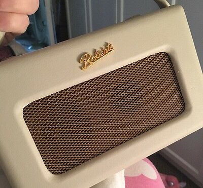 Roberts Revival RD60 Portable DAB/FM Digital Radio - Pastel Cream Vintage Retro