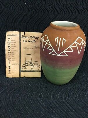 "Sioux Pottery Vase Made BY Sioux Indians Multi Color 7""x4.25"""