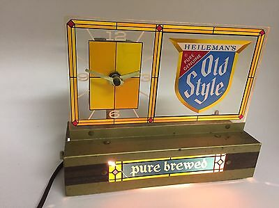 Vintage Heileman's Old Style Light Up Clock