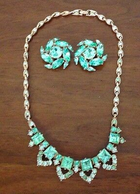 Amazing Vintage BOGOFF Necklace Clip Earring Set Costume Gold Tone Bright Green