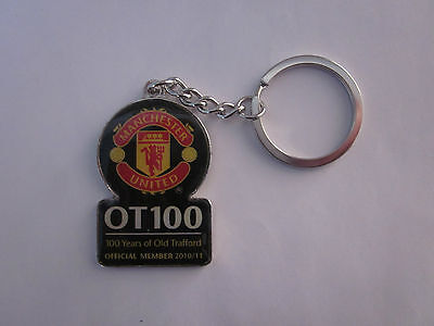 MANCHESTER UNITED Key Ring (100 Years Of Old Trafford - 2010) Souvenir