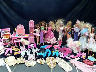 Barbie Collection With Clothes And Funiture