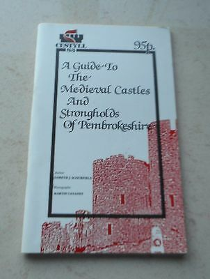 1st 1983 GUIDE to the MEDIEVAL CASTLES AND STRONGHOLDS PEMBROKESHIRE - ILLUST.