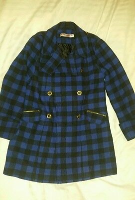 Girls smart black and blue girls coat age 7 years VGC by Free Spirit.