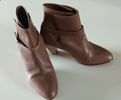RM Williams Boots Ladies - size 9 1/2