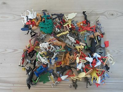 Big Lot plastic toy soldiers, Footballers, Knights, Cowboys, Divers! all sorts