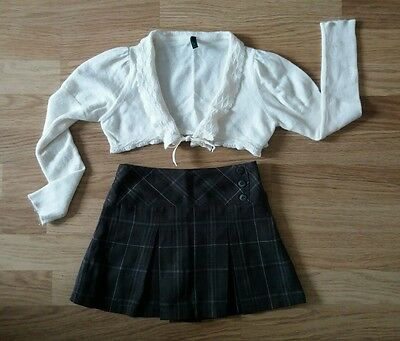 Designer. Little Girls Outfit. Great Condition. Age 4. Benetton & Lisa Rose.