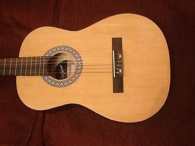 Classical Guitar 3/4, footstool & case
