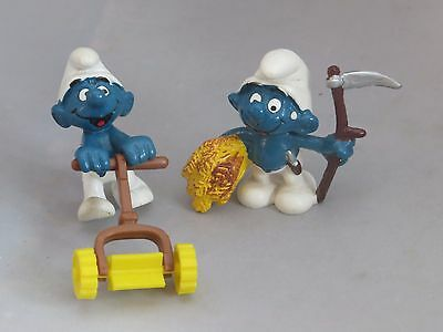 Vintage Smurfs farm / lawn pair - Smurf with hay, Smurf with lawnmower