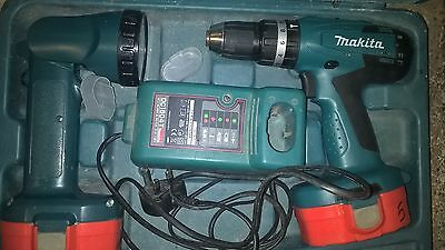 Makita 8391D combi drill / driver torch case charger one working battery