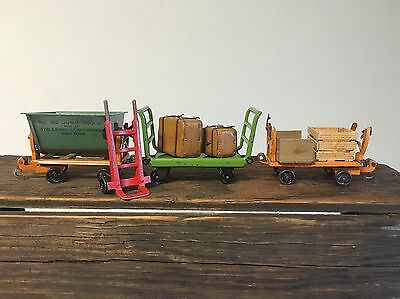 Vintage Lionel Corp. Pre-War Freight Station No. 163 Baggage Dump Hand Cart