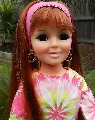 Vintage Ideal CRISSY Doll  Wearing Groovy MOD Outfit & Original Shoes
