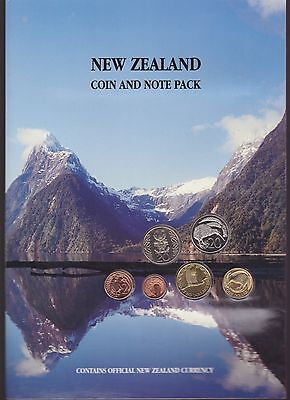 New Zealand $1 & $2 Banknote Note & Coin Unc Set Nz  G-1009