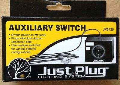 Woodland Scenics JP5725. Just Plug Lighting System - Auxiliary Switch.