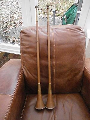 A Pair of Vintage Copper Coaching/Hunting Horns in good condition, 73cm Long.