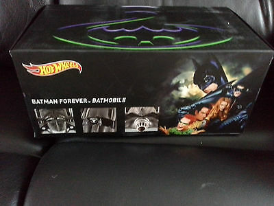 Hotwheels Scale 1:18 Heritage Collection Batman Forever - Batmobile 1995