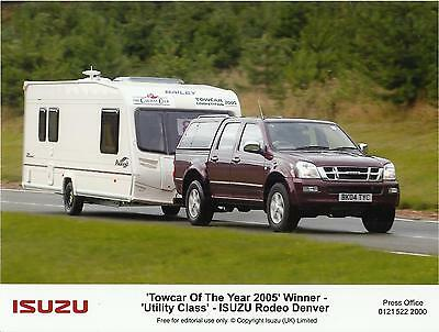 ISUZU RODEO DENVER & BAILEY PAGEANT towcar of the year 2005 press photo