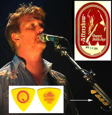 Queens Of The Stone Age  - Josh Homme - Real Tour Guitar Pick & Backstage Pass