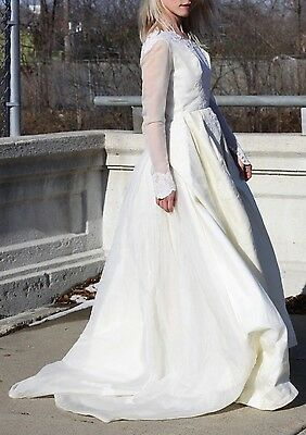 Vintage Wedding Dress Alfred Angelo / Edythe Vincent Floral Lace Bridal Gown XS