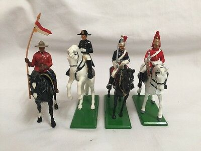 Lot of 4 Mounted Britains Toy Soldiers GREAT